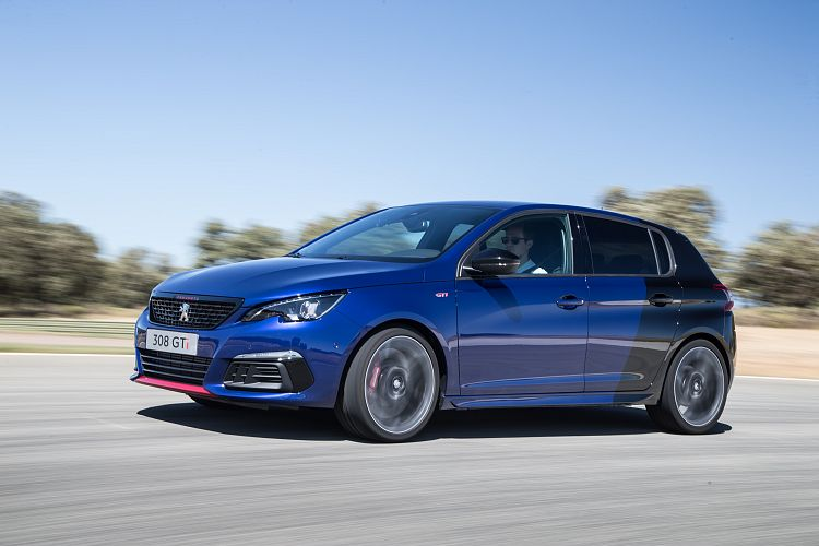 First drive: Peugeot refines 308 GTi